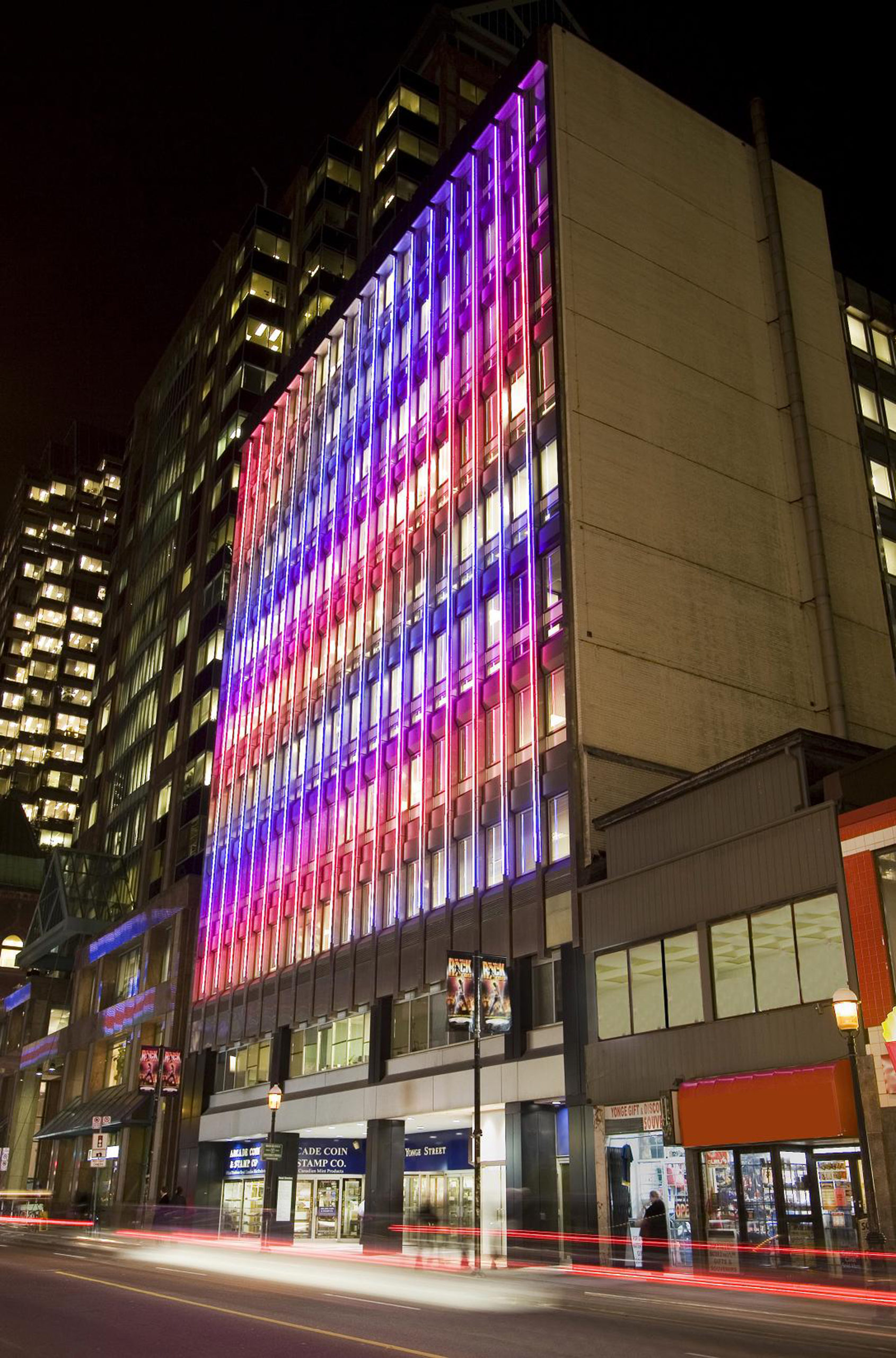 DNU Waterfall Light Show 2011 Colour Kinetics LED display 88x76ft (137 Yonge Street, Toronto)